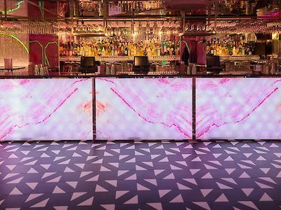A Guide to the Best Flooring for Pubs and Bars